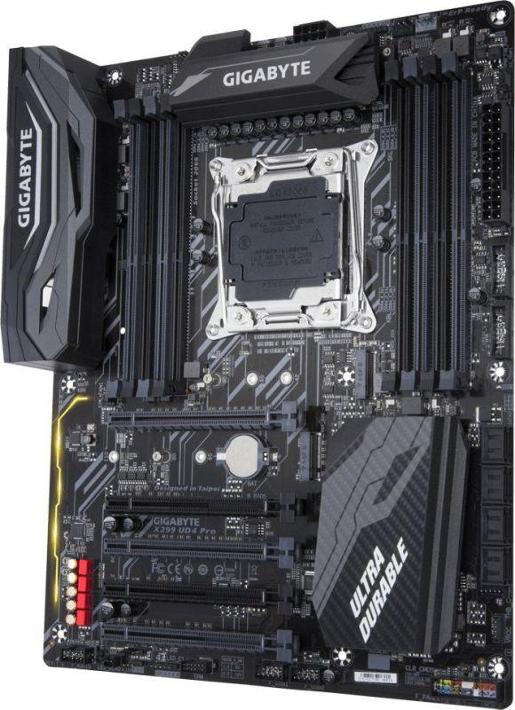 Материнская плата Gigabyte X299 UD4 Pro Soc-2066 Intel X299 8xDDR4 ATX AC`97 8ch(7.1) GbLAN RAID