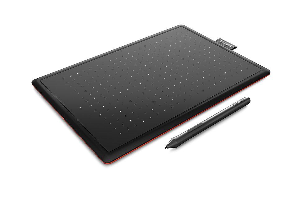 Графический планшет Wacom One CTL-472-N USB черный/красный